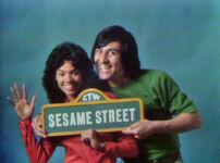 0596 Sesame sign