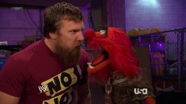 WWE-TributeToTheTroops-12-(2012-12-19)