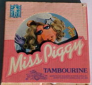 Noble cooley 1980 muppet sound miss piggy tambourine 1