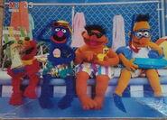 Milton bradley 1988 sesame floor puzzle pool 2