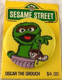 Sesame button oscar can