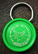 Art of the muppets 1982 ontario science centre keychain 1