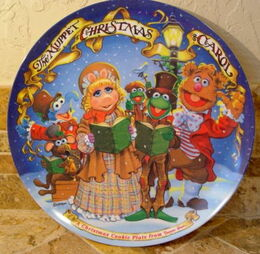 Duncan hines muppet christmas carol plate