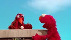 Elmo-WithChicken
