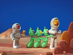 Bert&Ernie'sGreatAdventures-Aliens