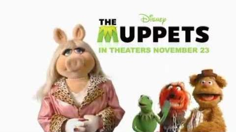 "Disney's ""The Muppets"" Sneak Peek - Meet Miss Piggy"