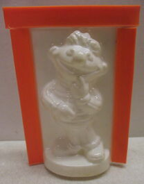 Friends 1976 cast n paint ernie plaster figure crafts kit 3