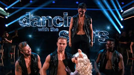 DancingWithTheStars-PiggyWithTheMenOfDWTS-(2015-09-28)