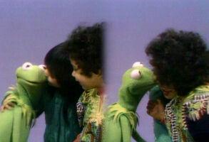 Kiss Kermit Shola Fannie