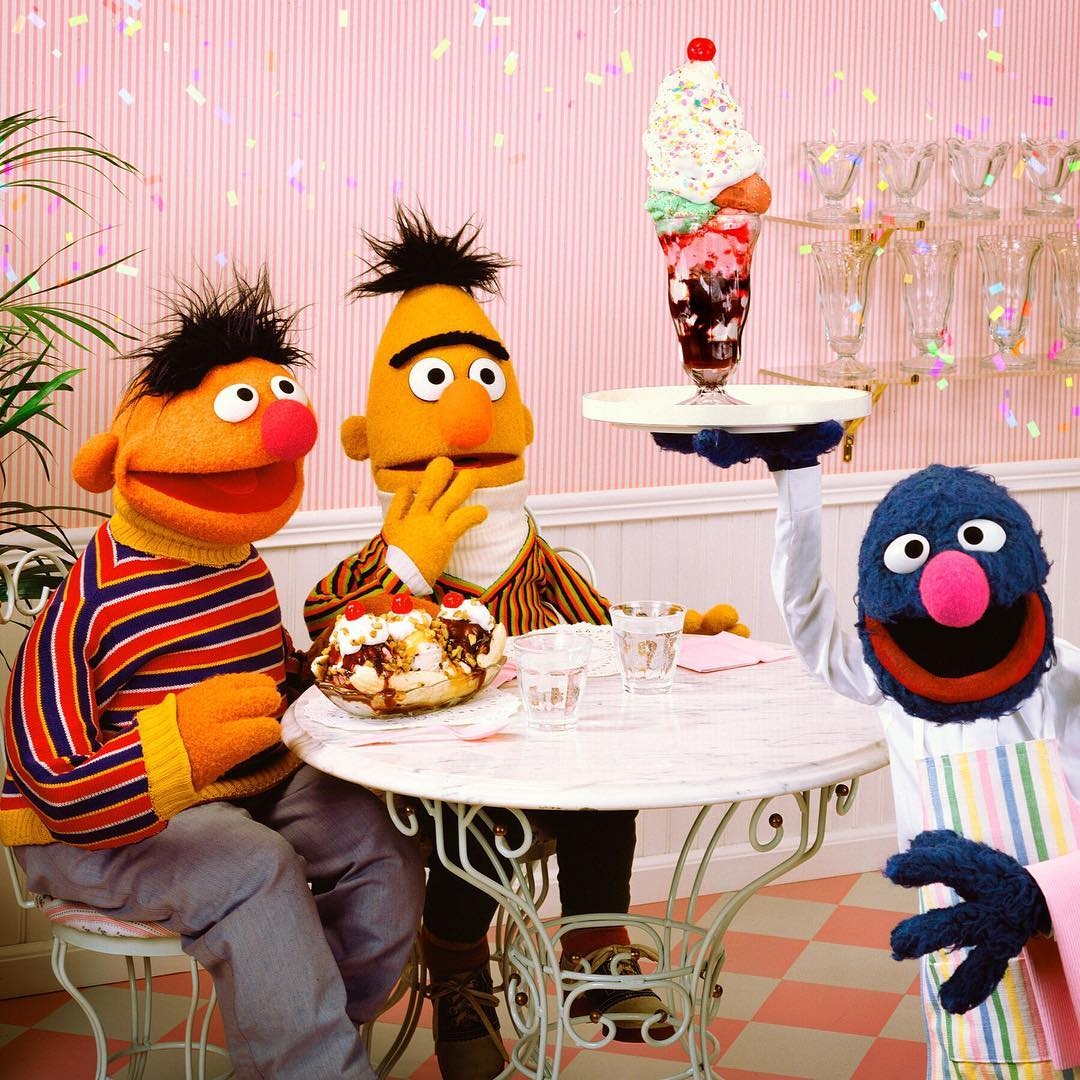 Waiter Grover | Muppet Wiki | FANDOM powered by Wikia