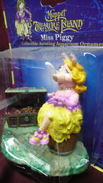 Muppet treasure island aquarium figure 2