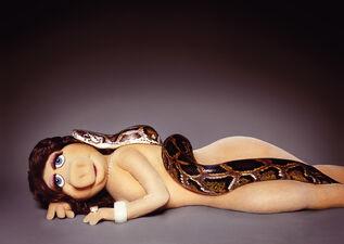 Zink-MikeRuiz-MissPiggyAndTheSerpent-(2005)
