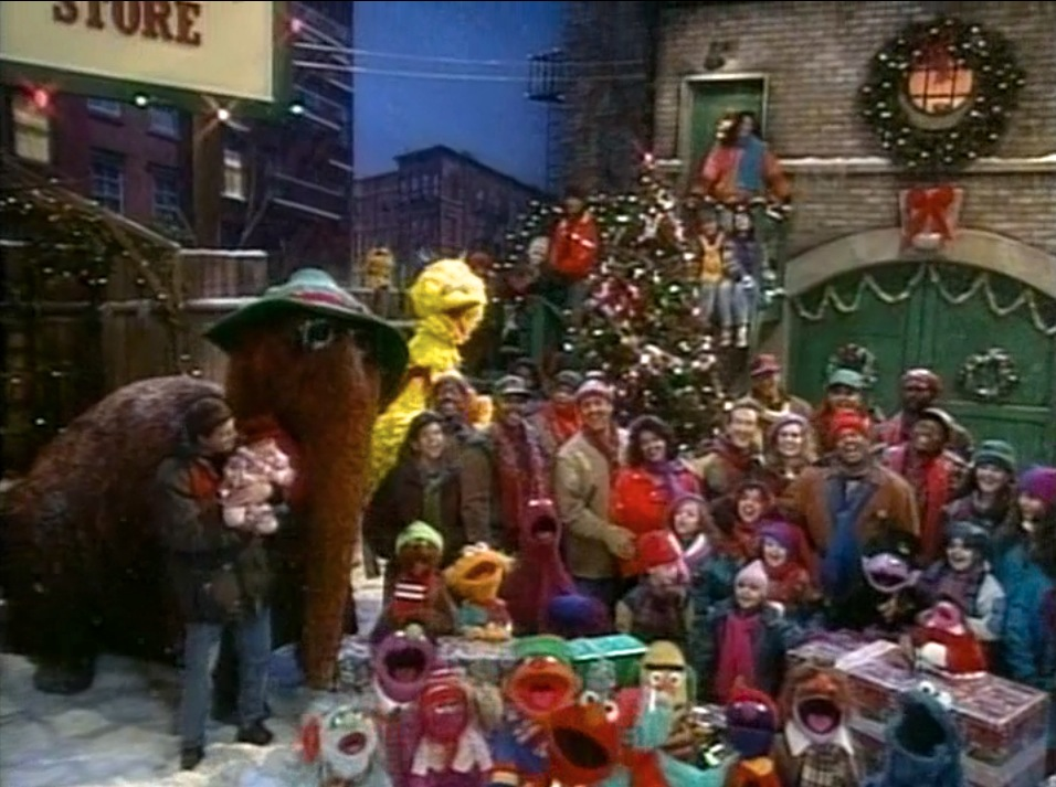 elmo saves christmas special - Sesame Street Elmo Saves Christmas