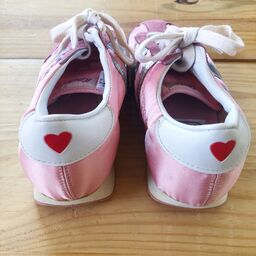 Keds piggy running shoes 1981 2