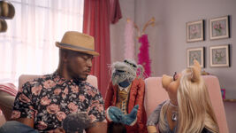 Muppets Now 104 Taye Diggs
