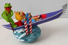 San francisco music box company kermit piggy gondola music box 4