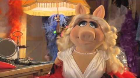 Miss Piggy und Kermit bei der 47 Goldenen Kamera von HORZU