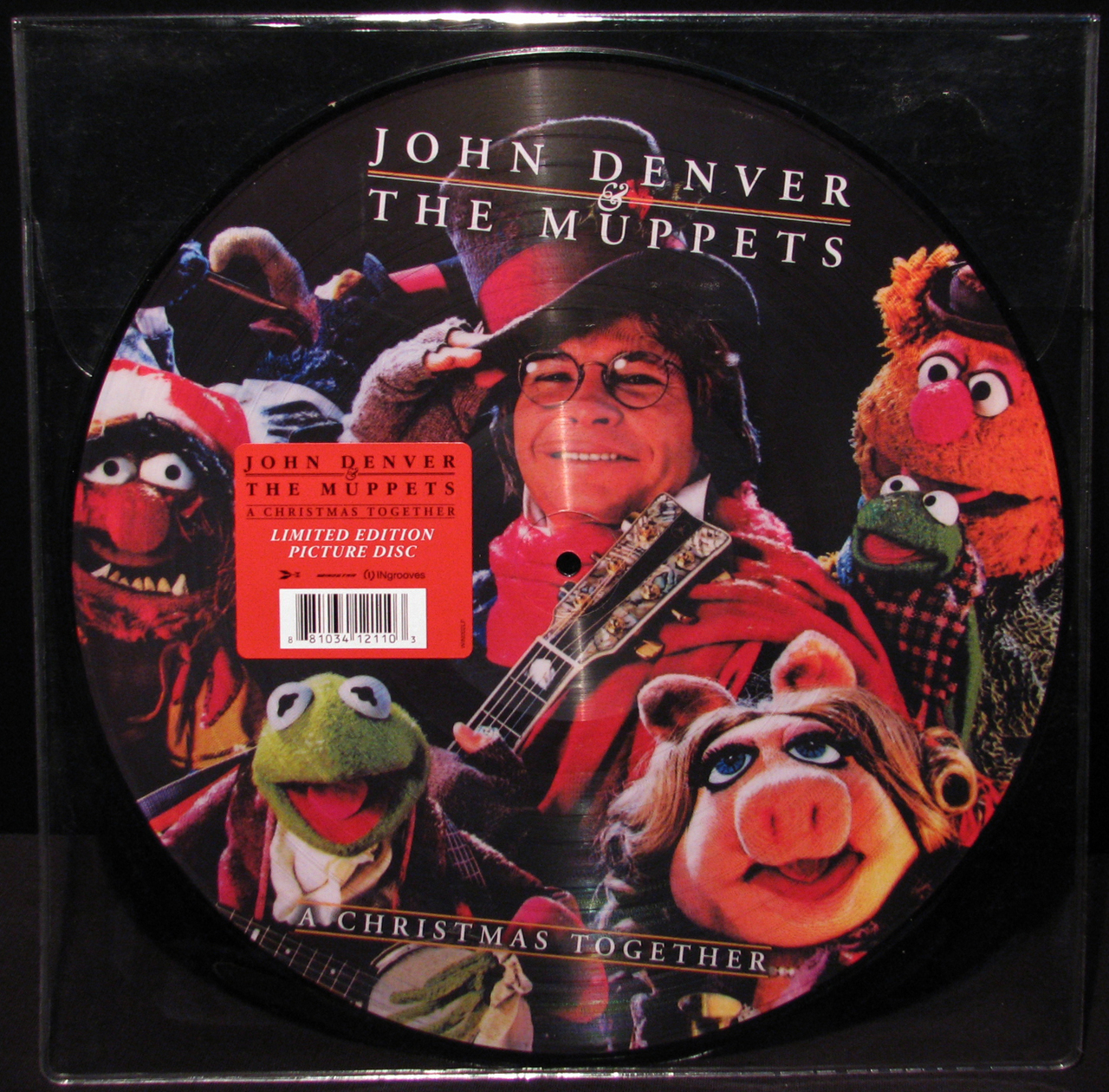 Image - Xmas together 2013 picture disc 01.jpg | Muppet Wiki ...