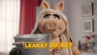 MuppetsNow-S01E06-LeakeyBucket