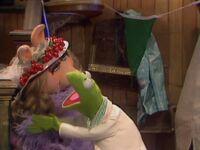 TMS.422.KermitChop