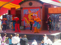Elmo Rocks Tweetphoto