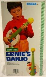 Ernies-banjo2