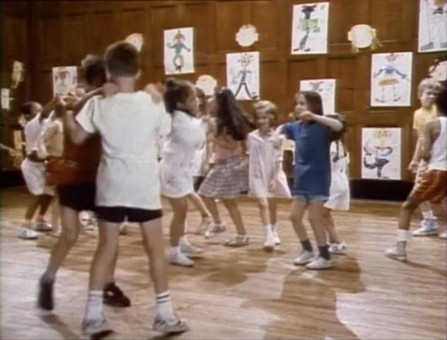 File:Film.Kids.dancing.jpg