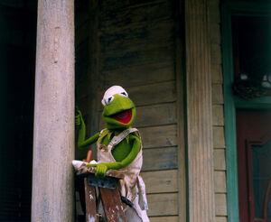 MuppetsFromSpace-KermitPainting