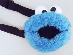 Roma kids 90s cookie monster fanny pack 1