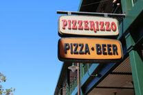 PizzeRizzo exterior 02