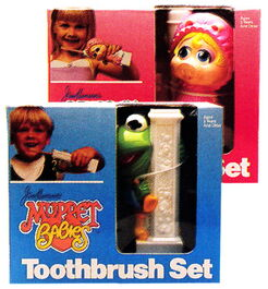 Ideal 1987 toothbrush sets 2
