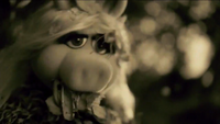 Miss Piggy Adele Hello spoof 07