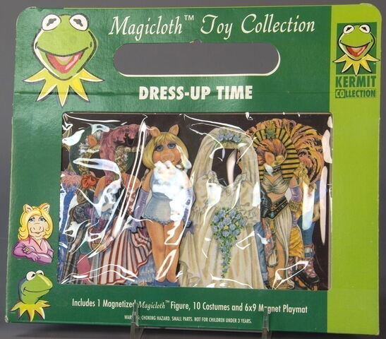 File:Schilling magnetic magicloth paper doll toy 3.jpg