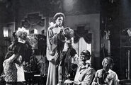 Carol Burnett behind the scenes 02