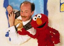 Elmo'sWorld-MrNoodlesBrother