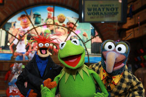 MuppetsAtWhatnotWorkshop-111308