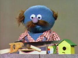 Fat Blue Spinney Kermit clues