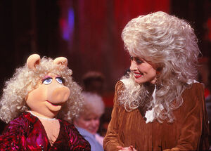 Miss Piggy on Dolly