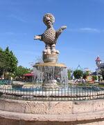 Parque-plaza-sesamo-abelardo-fountain