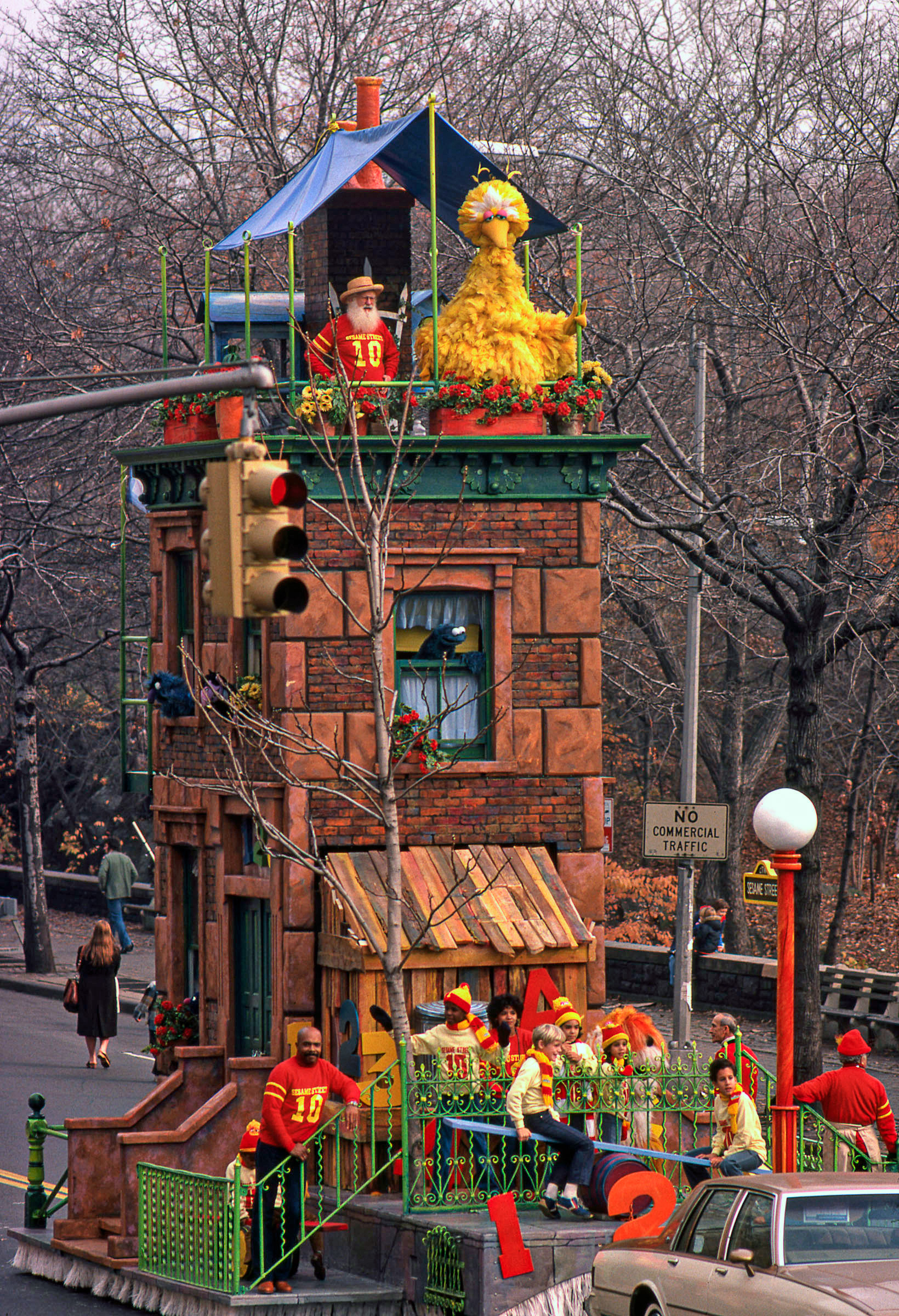 Macy's Thanksgiving Day Parade | Muppet Wiki | FANDOM powered by Wikia