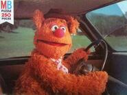 Milton bradley muppet movie puzzle fozzie