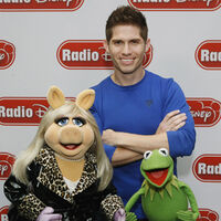 041012 02 MuppetsRadioDisney video feature
