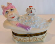 Bernadaud 1996 limoges piggy dans le bain 1