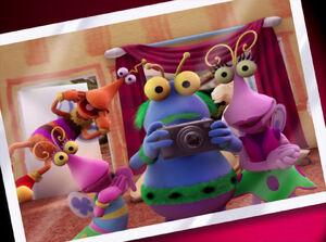 CGI-Twiddlebug-Family-Portrait
