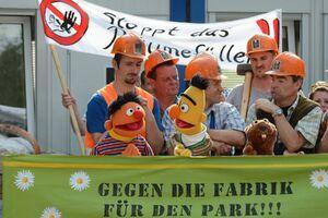EineMöhreFürZwei-Blumenfabrik-Ernie&Bert02