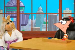 Piggy phineas and ferb