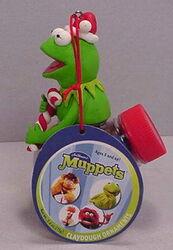 Sherwood brands 2003 christmas ornament kermit 1