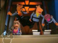 MT pigs in space apt