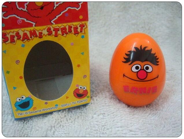 File:Sanrio egg rubber stamp ernie.jpg