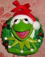 Kermit wreath christmas ornament